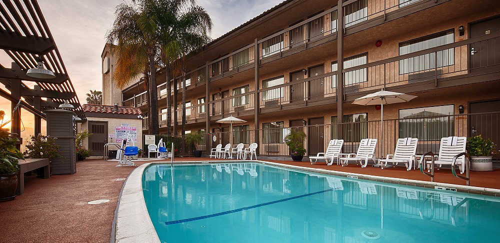 Best Western Plus Rowland Heights Los Angeles Pool